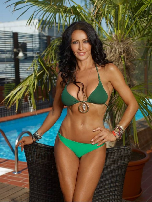 Mihaela Radulescu in Playboy 2