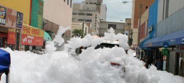 """Sony - """"Foam City"""" (Orasul de spuma)"""