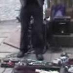 Tipul cu vioara electrica