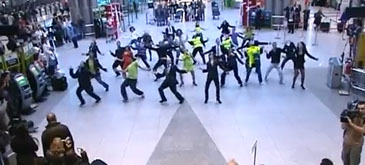 flashmob-in-aeroport