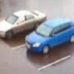 Nu asa se iese din parcare…..