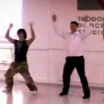 Pavel Turcu canta dar si danseaza