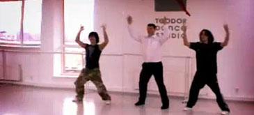 pavel-turcu-canta-dar-si-danseaza
