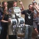 Un robot….