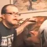 Farsa cu lingura de lemn