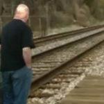 Doar asa poti evita coliziunea cu un tren