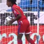 Fotbalul feminin se joaca un pic diferit