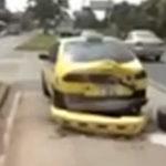 Un camion isi pierde o roata din mers si….