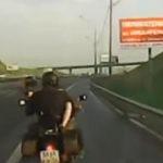Sexul pe motocicleta face bine la ten