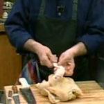 Practic (2): Cum se dezoseaza un pui intreg
