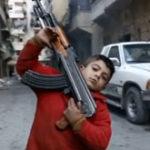 El e Ahmed, un copil de 8 ani care lupta in razboiul civil din Siria