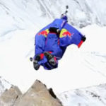 Wingsuit Flying Jump pe Everest