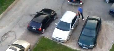 Ce faci cand un vecin iti ocupa locul de parcare
