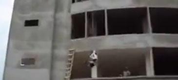 Meserii murdare (5) - Bungee jumping in constructii