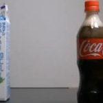 """Experimentul """"cola si lapte"""""""