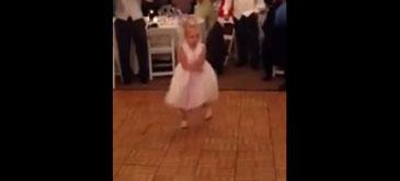 Cea mai simpatica dansatoare