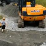 Mi-a luat tata excavator