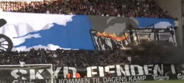 Fanii danezi stiu sa faca spectacol pe stadioane