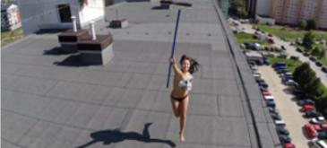 Astazi mi-am scos drona la plimbare prin cartier