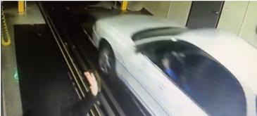Cum iti poti spala masina in doar cinci secunde