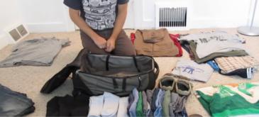 Cum sa impachetezi haine intr-o valiza